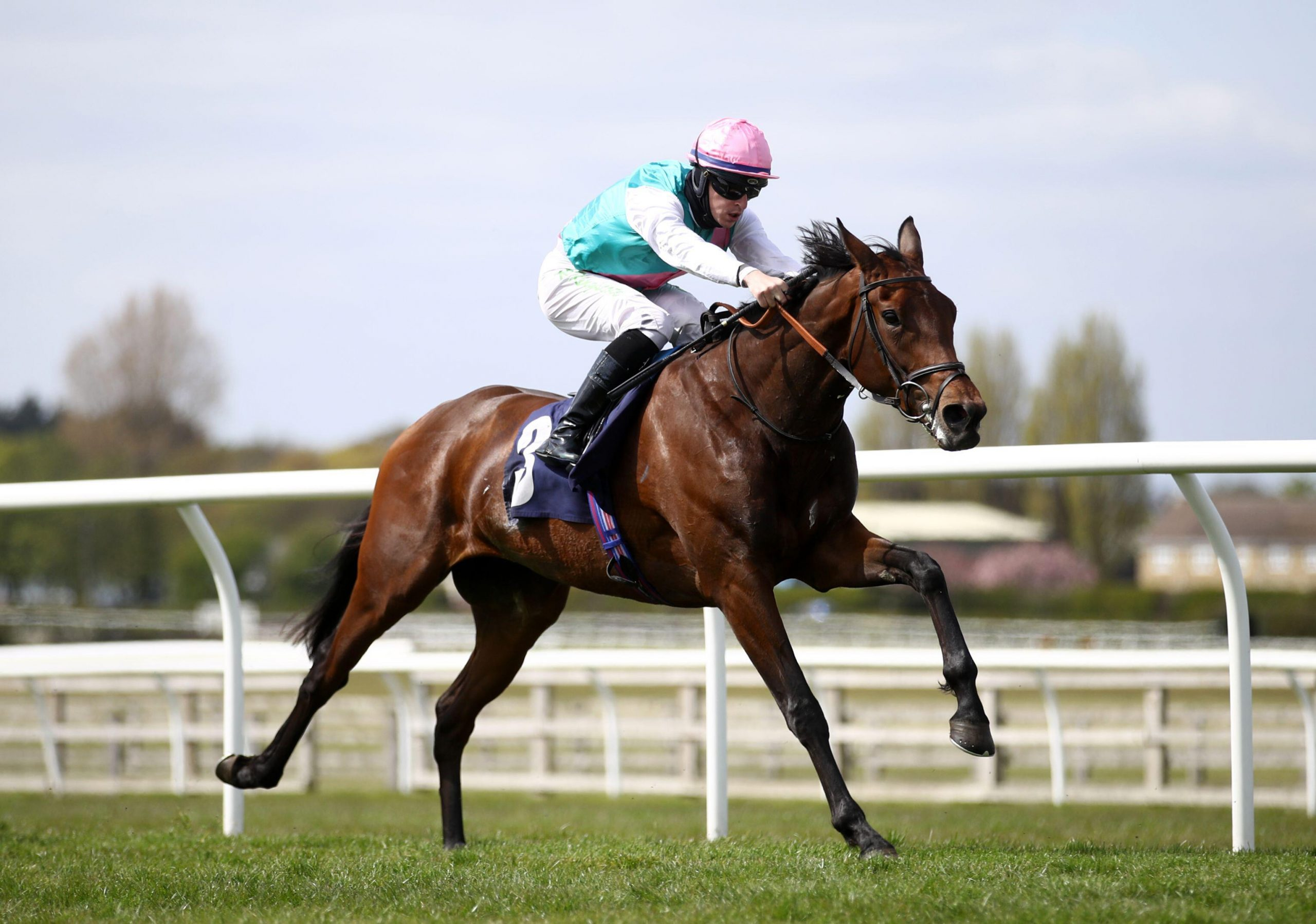 2FH048M Noon Star ridden by Richard Kingscote wins The racingtv.com FilliesO Novice Stakes at Wetherby Racecourse. Issue date: Sunday April 25, 2021.